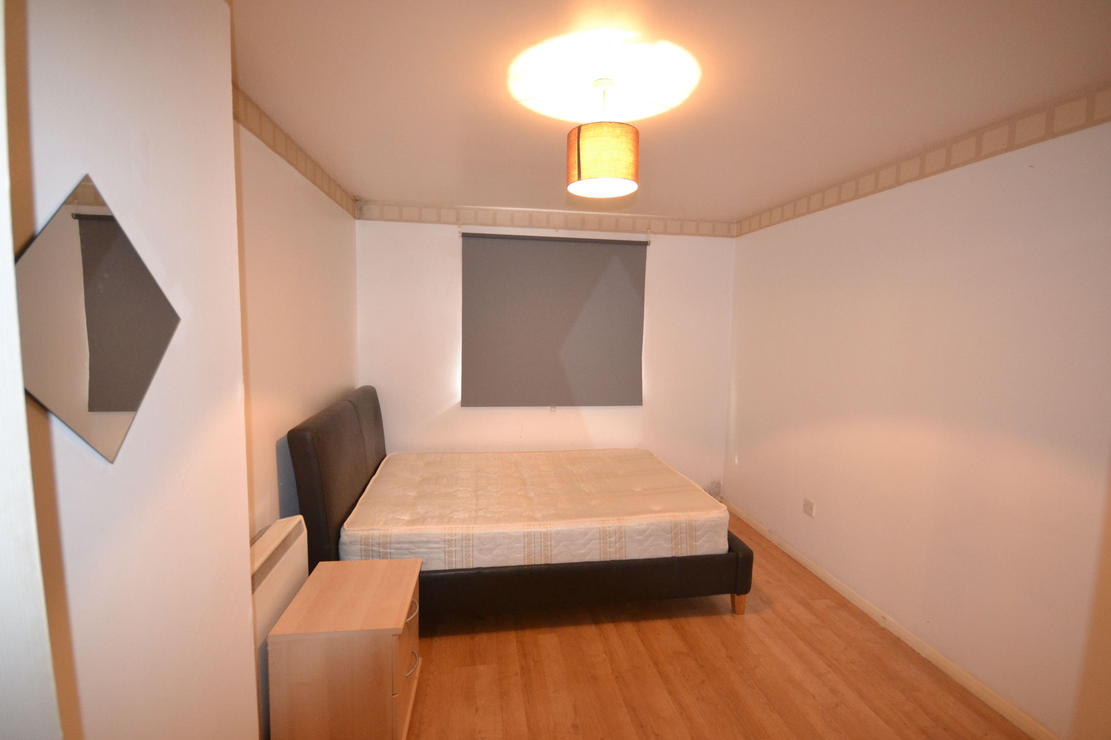 Ilford-1-bed-4