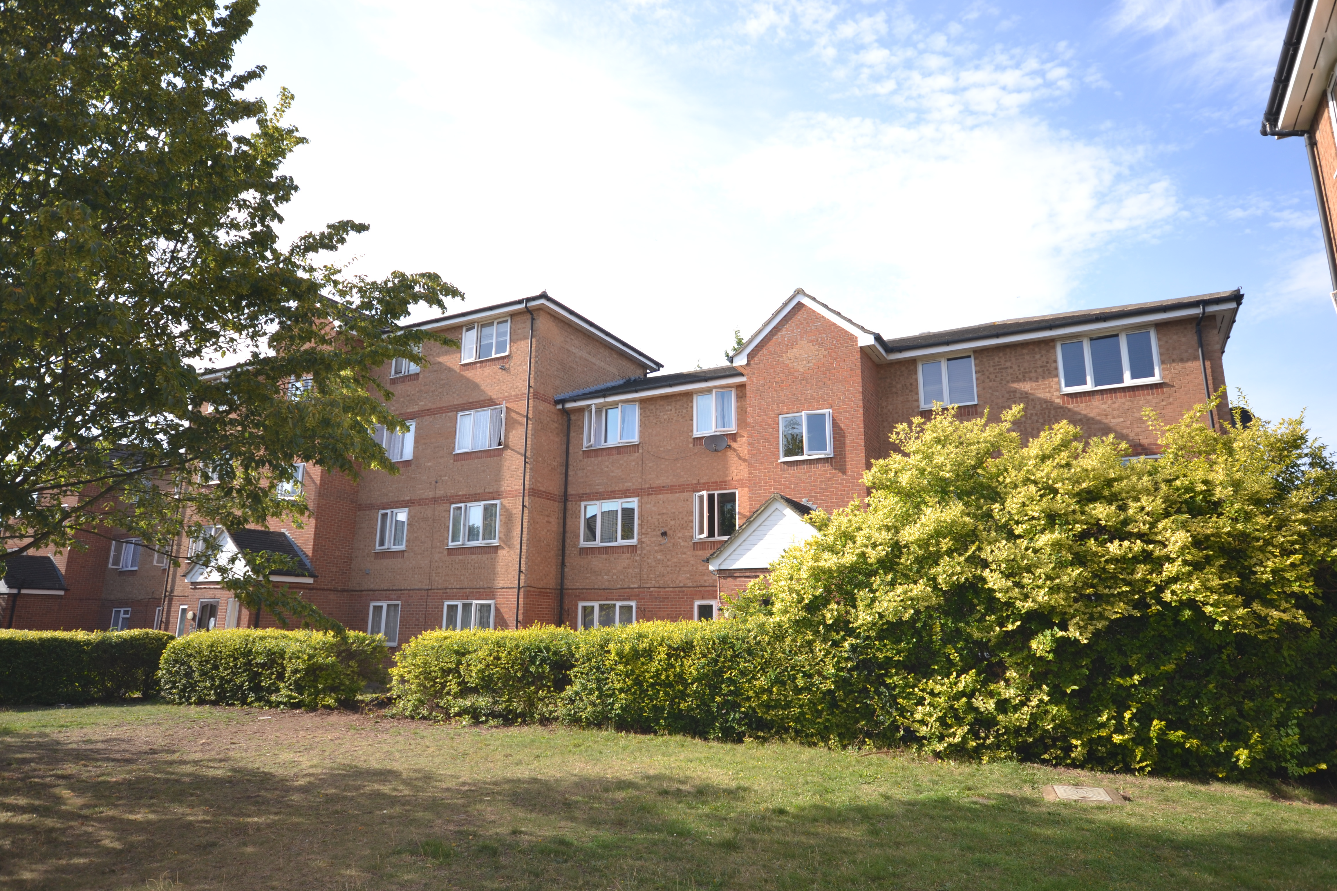 Ilford-1-bed-1